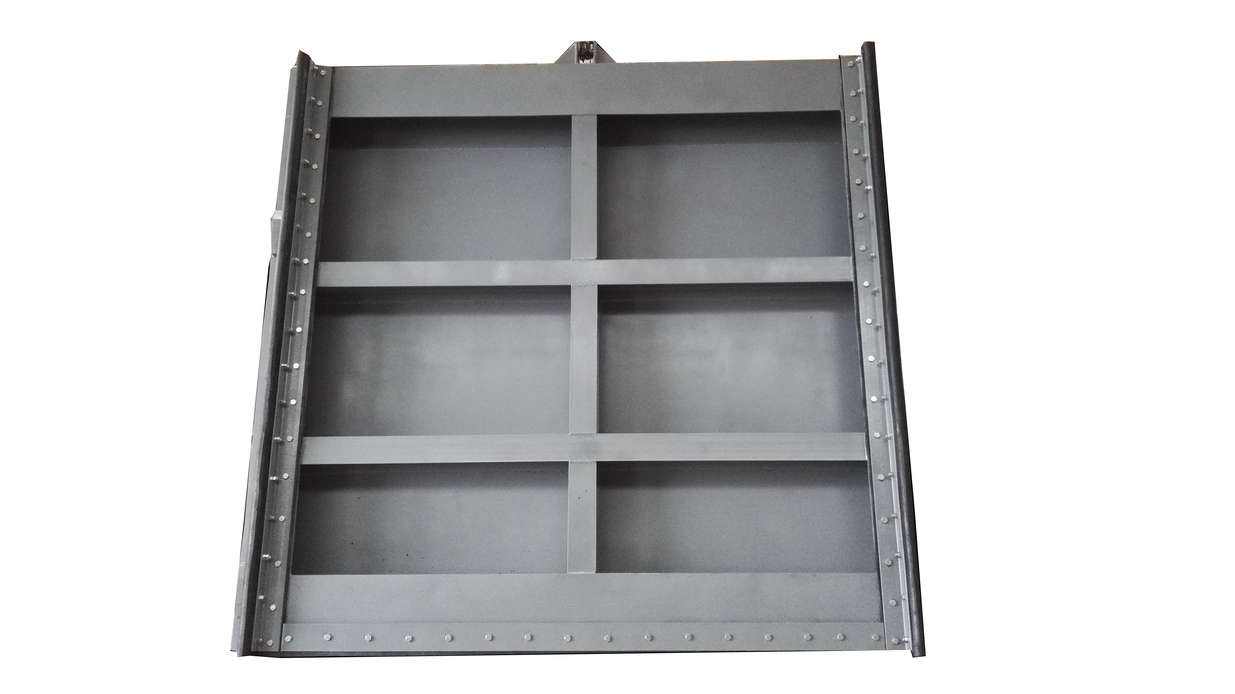 钢制闸门是给排水工程、水利、水电工程中常用的拦水、止水设备,由门框、闸板、密封圈及可调式锲型压块等部件组成。钢闸门久用磨损后,其密封面可通过锲型压块的调整来保证正常工作。 钢闸门(钢制闸门)以优质钢板为基材,采用橡胶止水、防腐方式为表面进行喷沙除锈及热喷锌,钢制闸门具有结构合理坚固、耐磨耐蚀性强、性能可靠;安装、调整、使用、维护方便等特点。 耐久性:轻钢结构住宅结构全部采用冷弯薄壁钢构件体系组成,钢骨采用超级防腐高强冷轧镀锌板制造,有效避免钢板在施工和使用过程中的锈蚀的影响,增加了轻钢构件的使用寿命。结构